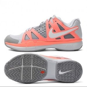 Nike Air Vapor Advantage sneaker